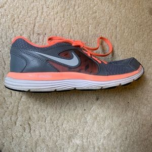 Nike Fusion Sneakers